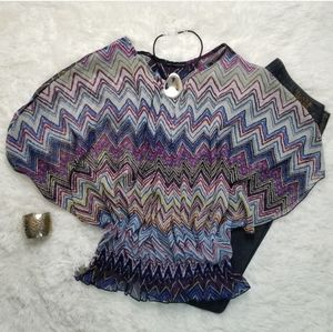 QED S/M Poncho-Style Batwing Sleeve Top Chevron